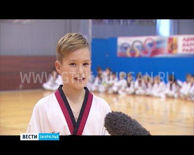 32 Медали различной пробы привезли зауральские тхэквондисты из челябинска с открытого межрегионального турнира «юность-метар». - «спорт»