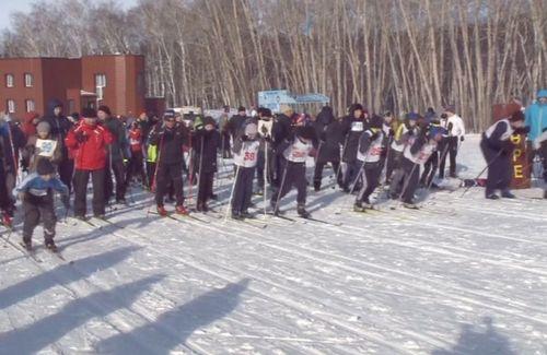 Акмолинцы поддержкали олимпийцев массовым забегом лыжников