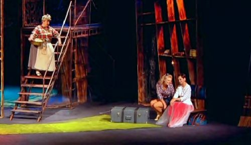 Алматинский театр драмы имени м.лермонтова обещает поклонникам множество ярких спектаклей