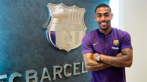 «Барселона» выхватила малкома из самолета в «рому». безумие