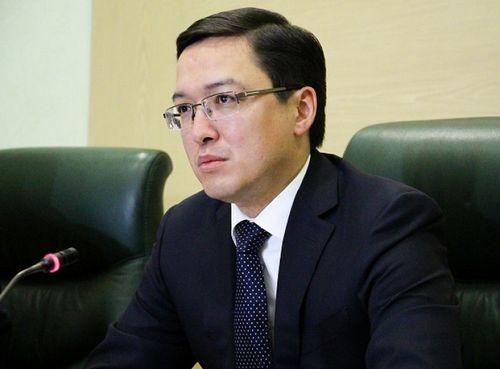 Д.акишев рассказал о мерах по усилению защиты прав должников