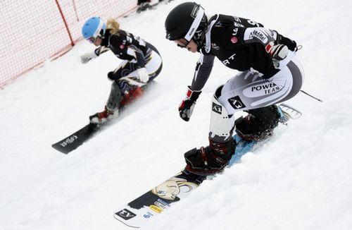 Д.егоренко и ю.бондарева выиграли этап кубка казахстана в параллельном гигантском слаломе