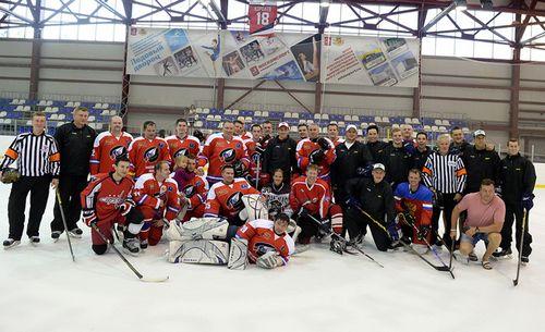 Дацюк сыграл в хоккей с журналистами