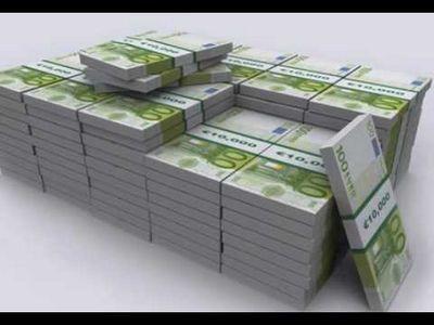 Федун дает пакет, а там - миллион евро