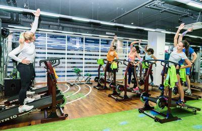Фитнес-перезагрузка: эксперты x-fit о трендах фитнеса в 2018 году