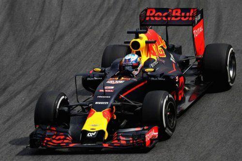 Формула-1. риккардо призывает гонщиков к взаимному уважению - «спорт»