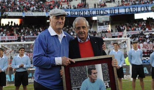 Франко армани побил рекорд амадео каррисо