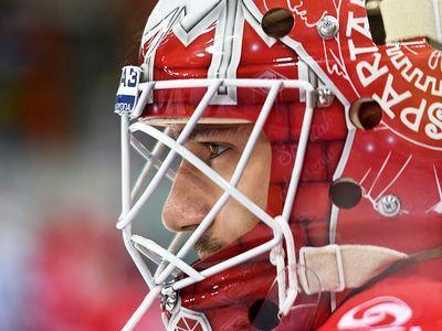 Хоккей. обзор дня: назаров уволен, победы цска и «спартака»