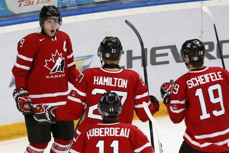 Канада россия (5:6 от). подопечные михаила варнакова завоевали бронзу мчм, обыграв канадцев