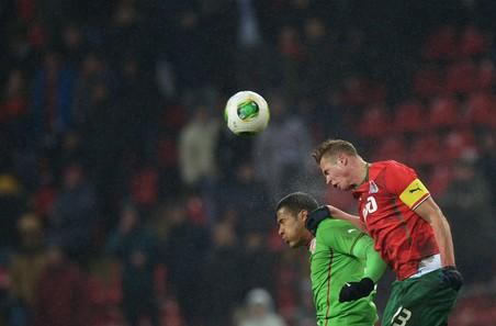 Локомотив сыграл вничью с рубином в чемпионате россии по футболу