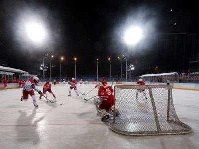 «Минус 12» и 11:6! как звезды хоккея открывали каток в парке легенд