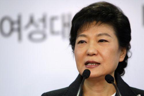 Оппозиция южной кореи не согласна с тем, что пак кын хе будет работать до апреля