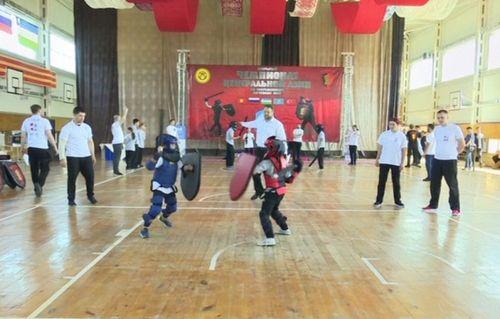 Первый чемпионат центральной азии по мечевым боям прошёл в бишкеке