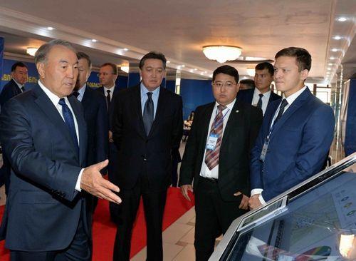 Президент рк посетил тоо «стартап академия павлодарского государственного университета»