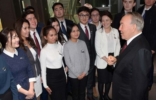 Президенту казахстана присуждено звание почетного доктора наук университета «енсей»