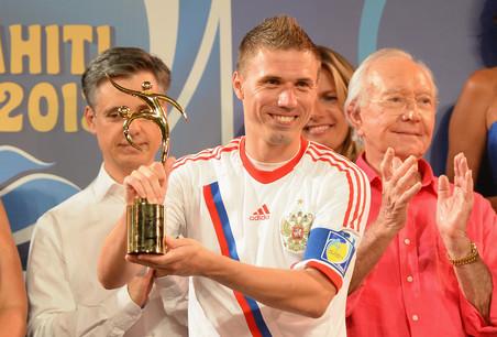 Сборная россии по пляжному футболу провела два матча межконтинентального кубка 2013