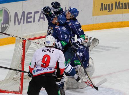 Спартак потерпел 16-е поражение подряд в регулярном чемпионате кхл