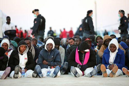У италии больше нет денег, чтобы помочь мигрантам