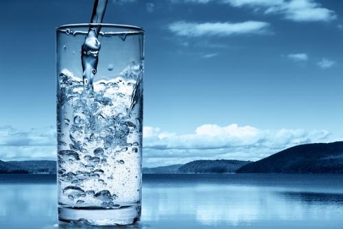 В ряде городов сша существует проблема с доступом к питьевой воде