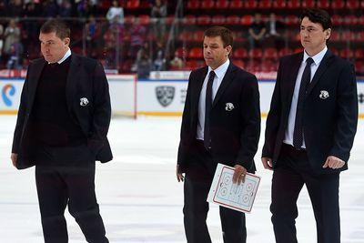 За месяц регулярного чемпионата кхл не уволен ни один главный тренер